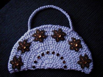 сумочки из атласных лент